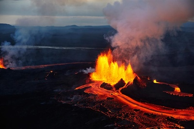 See The Incredible Photos That Captured Iceland's Largest Volcanic Eruption in Over 200 Years