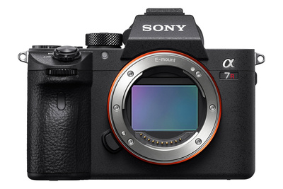 Is It Worth Upgrading to the Sony a7R III From the a7R II?