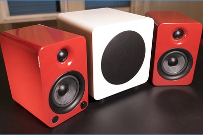 Kanto's YU4 Active Speakers: A Better Desktop Audio Experience