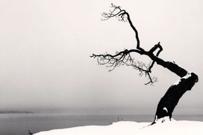 How to Create Mystery and Tell a Story With Minimalism in Landscape Photography