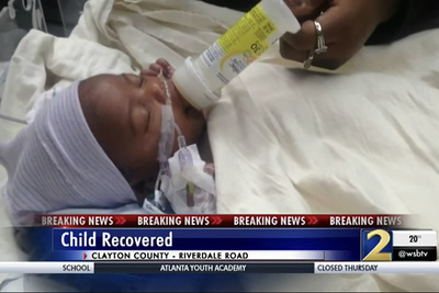 Sharp-Eyed News Photographer Helps Save Infant Who Was Victim of Carjacking