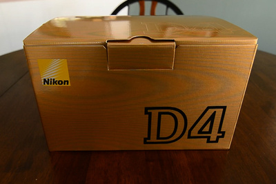 [Funny] The Best Nikon D4 Unboxing Video Ever