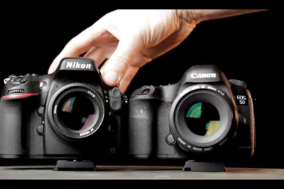 If You're Looking To Buy A D800 Or 5DMK3 Watch This Video