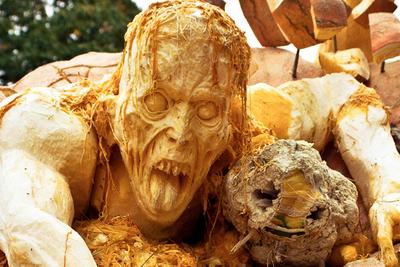 "The ""Horror Pumpkin"" Series Is Horrifically Beautiful"