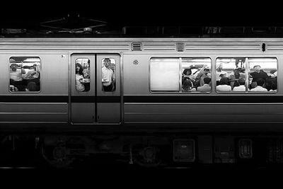 Amazing Slow Motion Video Of Subway Passengers