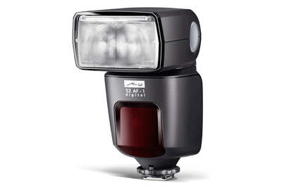 World's First: Metz Mecablitz 52 AF-1 Flash With Touchscreen