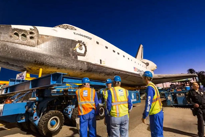 One of The Best Uses of Timelapse We've Seen: Endeavour's Final Journey Through The Streets of LA
