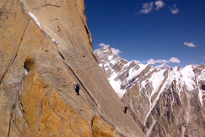 Stunning Helicopter Drone Footage of Climbers on Trango Tower