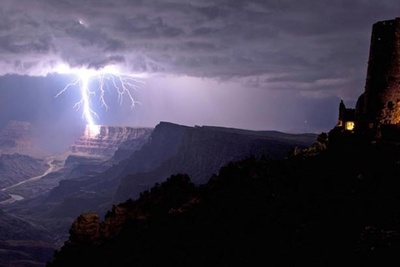 Incredible Photograph Of Lightning Striking The Grand Canyon