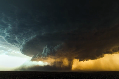 Gorgeous Supercell Storm Footage!