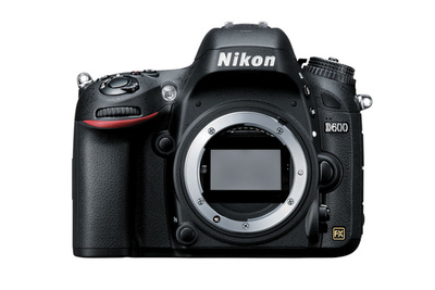 Grab a Refurbished Nikon D600 for $400 Off
