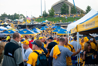 What I Learned From Photographing 35 College Football Tailgates