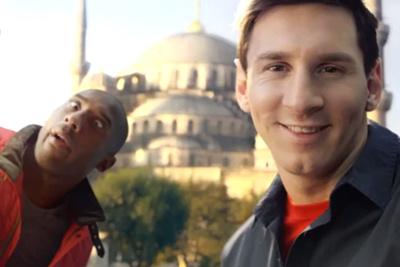 Selfie-off: Kobe Bryant Vs. Lionel Messi