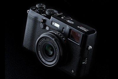 FujiFilm Announces the Beloved X100S in Black