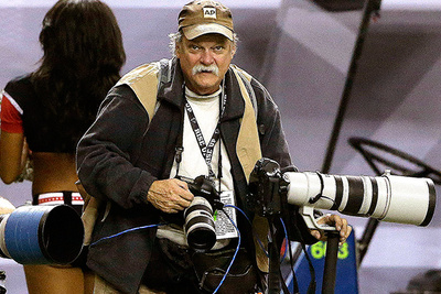 AP Photographer Dave Martin Passes Away After Football Game