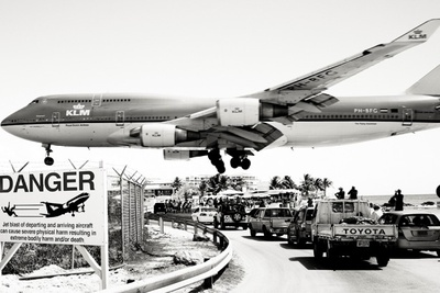 Photojournalism Series - Jet Airliner: The Complete Works