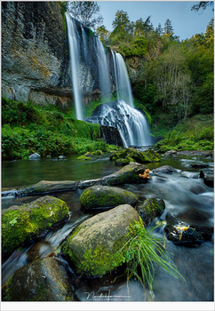 Cascade de la Beaume in France with a long exposure. I did not use an extreme exposure because I wanted to keep a bit of detail in the water. (Canon EOS 5D mark IV + EF16-35L @ 16mm | ISO100 | f/8 | 1.3sec with Lee 0,9ND filter)