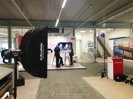 I prepared a setup for a few company shots. The Off Camera Flash system of Profoto is perfect for this situation and the setup of the flashes is very easy. Changing settings is very easy, without loosing contact with your subject.