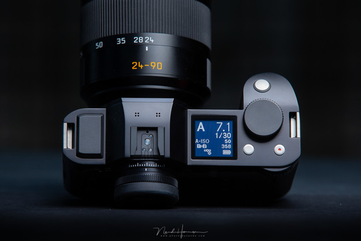 The viewfinder of the Leica SL is the most beautiful one I have ever used. But the modern mirrorless cameras like the Canon EOS R and Nikon Z 7 come close. More will follow.