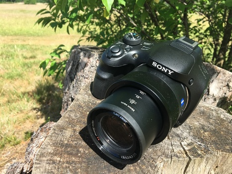 Not every camera has the option to shoot in raw file format, like this Sony DSC-HV400v superzoom compact camera. For photographers who use these kind of cameras, this article could be good to read.
