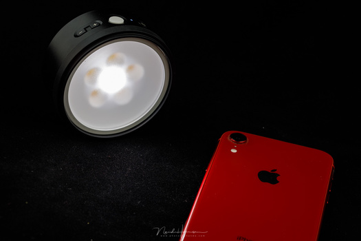 You need an app to use the Profoto C1 Plus flash in a proper way. Unfortunately it is limited to iPhone users. If you have an Android smartphone, you cannot use the C1 Plus.