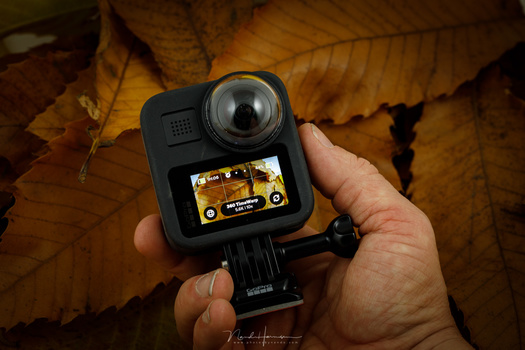 The GoPro MAX can be recognized very easy. But instead of one lens, this one has two. The MAX has a touchscreen also.
