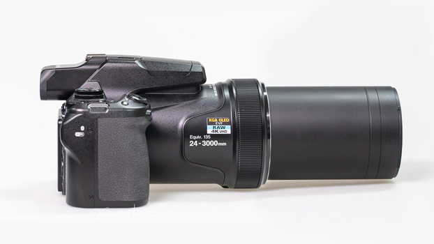 The amazing Nikon Coolpix P1000 with a full frame equivalent lens of 3000mm