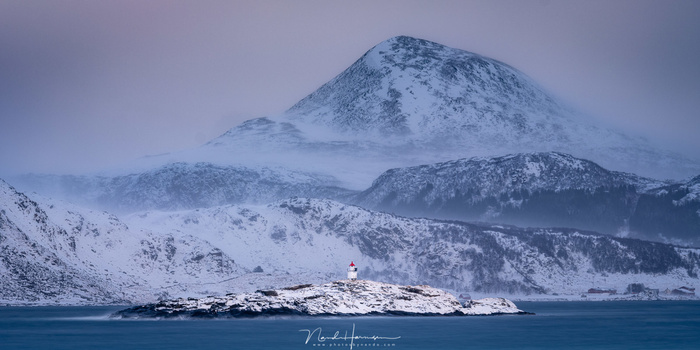 Accross the fjord between snow storms (250mm, ISO100, f/11, 30s, Haida CPL + ND1000, from tripod)