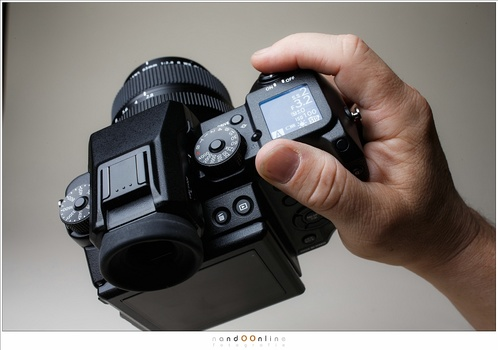 The Fujifilm GFX-50s, a great camera with those amazing Fujfilm dials. Besides that it has a terrible design which is improved for a great part with the new Fujifilm GFX100