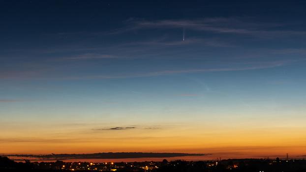 Comet NEOWISE landscape composition example