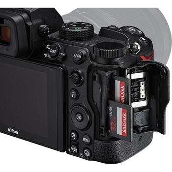 Nikon Z5's dual card slots