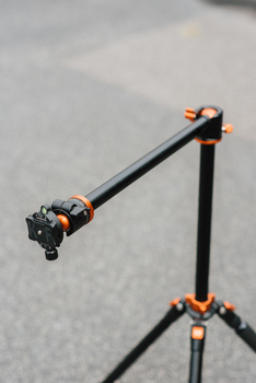 K&F Concept tripod system.