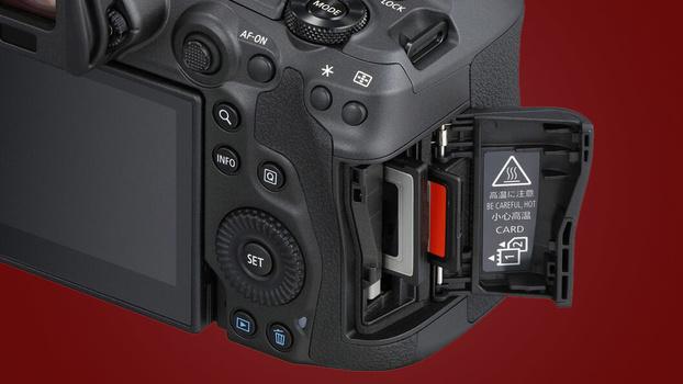 Hot warning sticker on camera