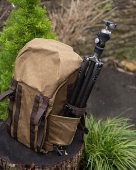 Tripod pouch on bag