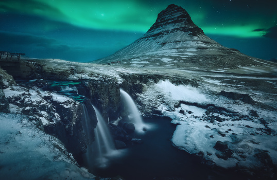 magic in kirkjufell by alfonso maseda varela