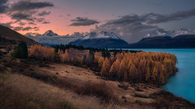 Aoraki Autumn by Chris Wain