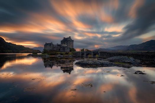 Eilean Donan Castle by Alejandro García Bernardo