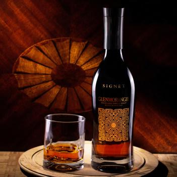 Signet Scotch by Robert Felker