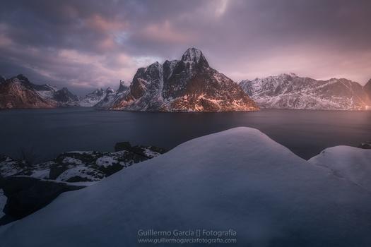 Kjerkfjorden by Guillermo García