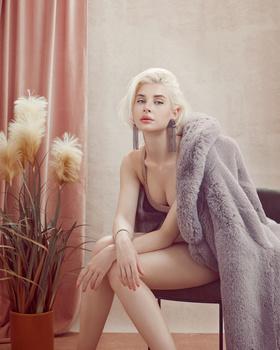 Pink room_Masha_1 by Irina Jomir