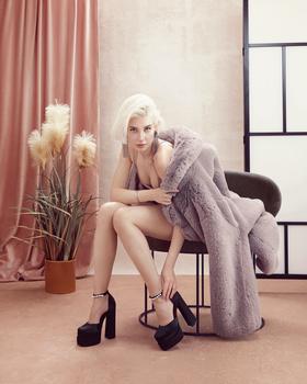 Pink room_Masha_10 by Irina Jomir