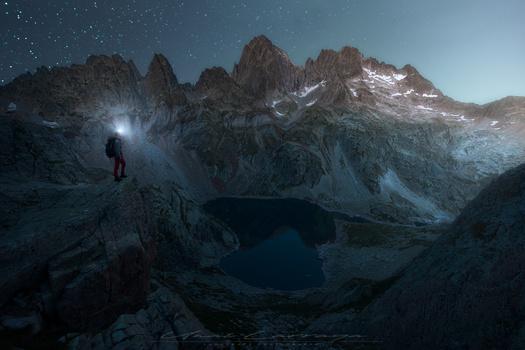 The night of pyrenees by Unai Larraya