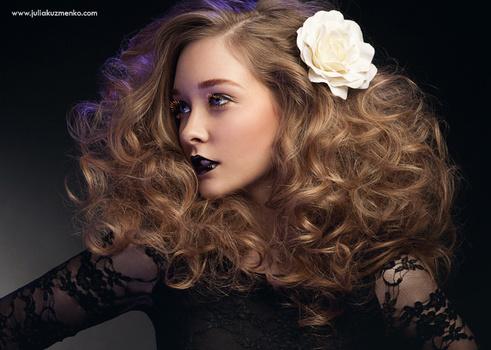 Nicole - Hair