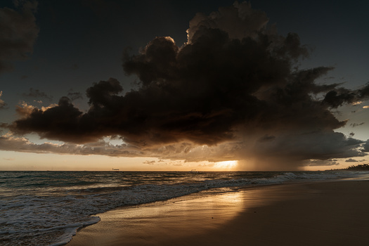 Beautiful Storm by Manuel Fuentes