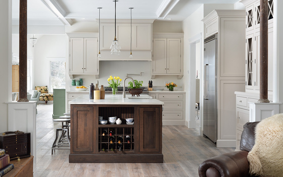 Transitional Sea Side Kitchen