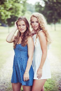 Sara and Anna