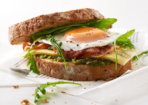Fried egg sandwich