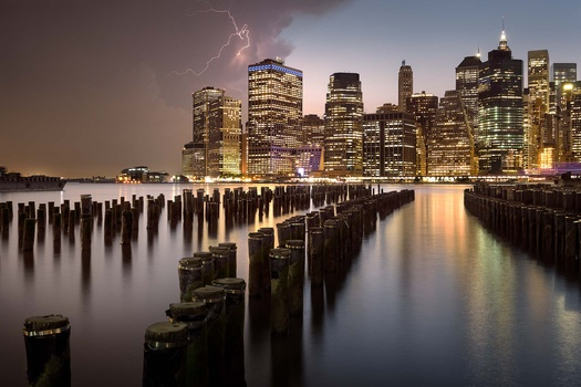 Stormy night in NY by Anthony Robin
