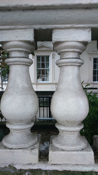 Neo-classical heritage, London by Paola De Giovanni