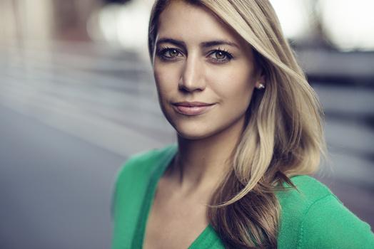 Courtney - Actors Headshot